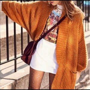 🍁🍂Urban Outfitters Rust Oversized Cardigan